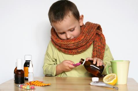 Фото №1 - Сухой кашель у ребенка: причины, симптомы и лечение