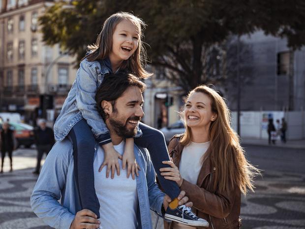 Фото №1 - 5 главных заблуждений современных родителей (и чем они опасны)