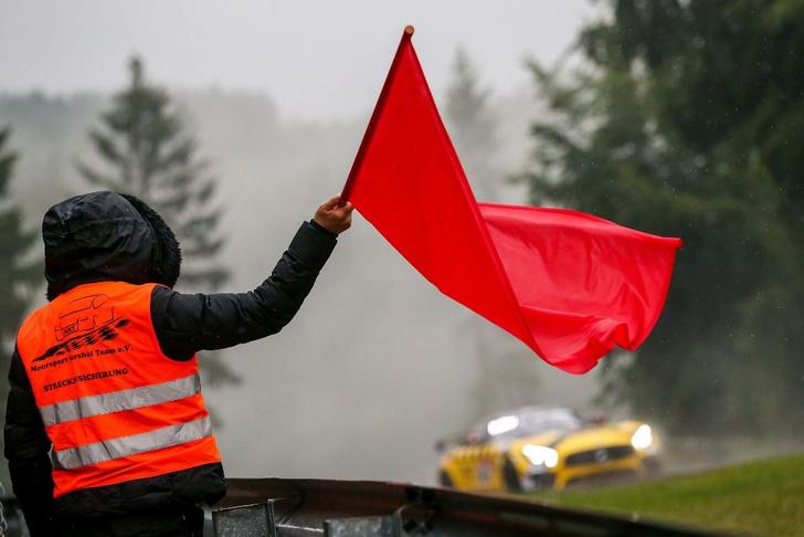 Фото №4 - Самый «Зеленый ад» в мире: как русские гонщики победили в гонке «24 часа Нюрбургринга»