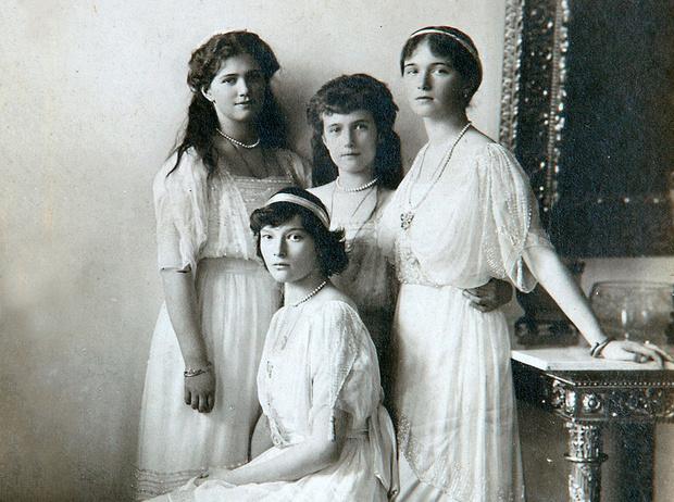 Фото №1 - Четыре сестры: какими были дочери последнего российского императора Николая II