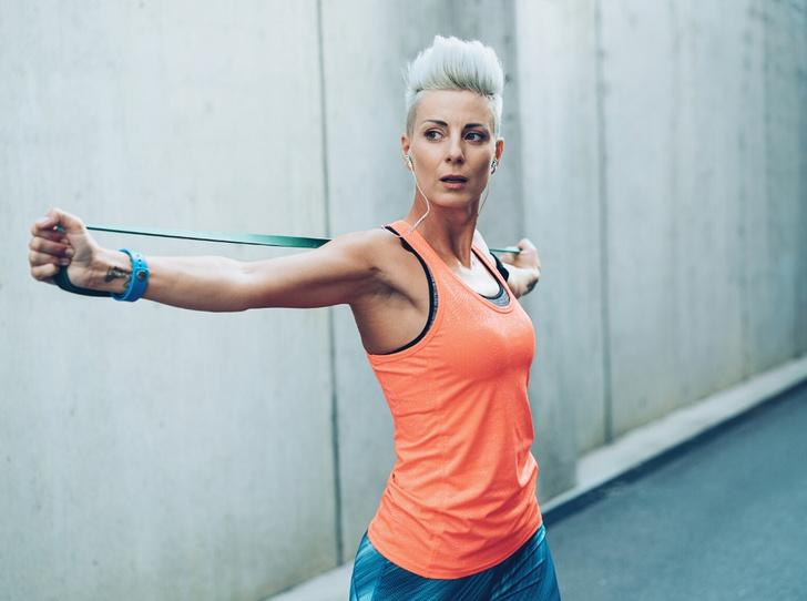Фото №5 - SOS-фитнес: лучшие упражнения, чтобы прийти в форму перед праздниками