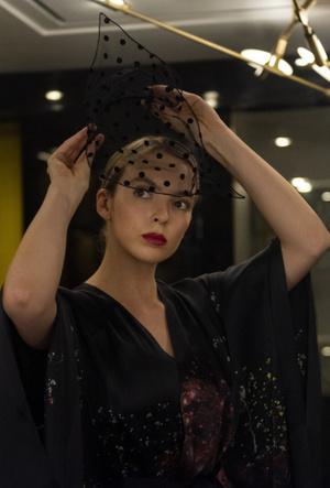 Фото №6 - Самый модный киллер: почему все влюблены в стиль Вилланель из «Убивая Еву»
