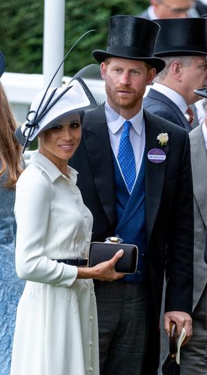 Фото №10 - Их модные Высочества: лучшие парные образы Меган и Гарри