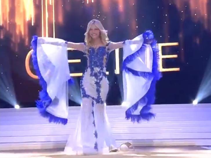 Фото №1 - Девушка потеряла лифчик во время дефиле, но все равно стала «Мисс Бельгия— 2020» (видео)
