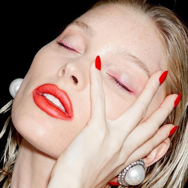 Фото №5 - Spring rose: как сделать нежный макияж в розовых тонах