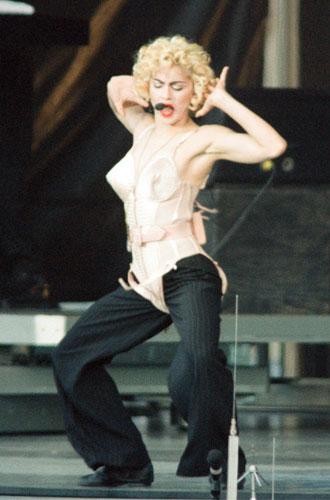 Фото №3 - Жан-Поль Готье: о Мадонне, гомосексуальности и экспериментах в моде