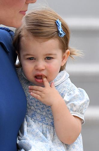 Фото №18 - Принц Джордж, принцесса Шарлотта и Кейт Миддлтон стали звездами канадского тура