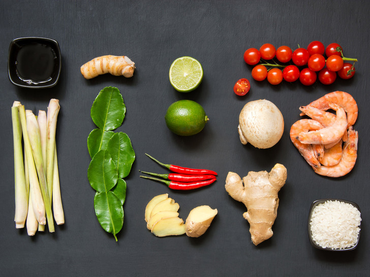 Фото №3 - Том ям: история блюда и традиционный рецепт