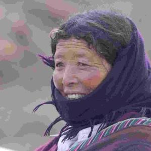 Фото №1 - Тибетцев переселят из-за опасной болезни