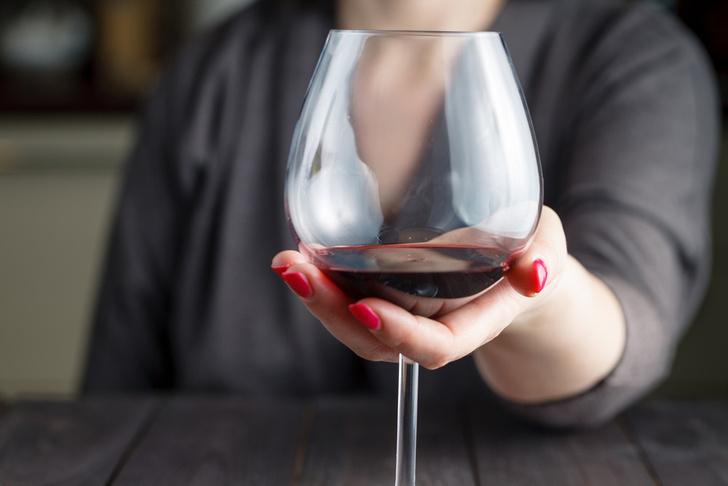 Фото №1 - Медики опровергли миф о пользе алкоголя в малых количествах