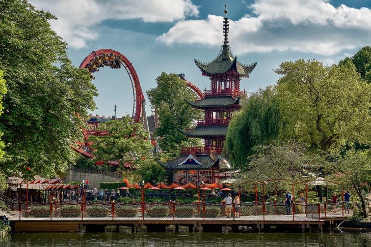 Фото №5 - Воплощенная сказка: откуда взялись парки развлечений и какие из них стоит посетить