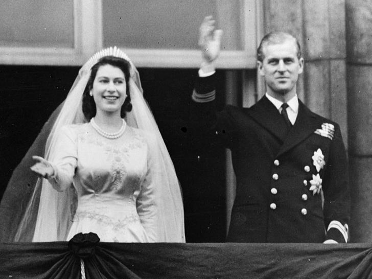 Фото №1 - Семейные тайны: главная причина, почему брак Елизаветы и принца Филиппа мог не состояться