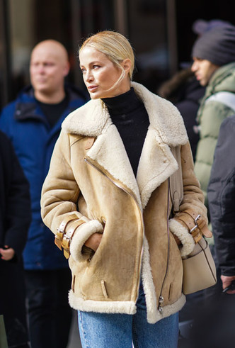 Фото №13 - Как выбрать идеальную кожаную куртку: советы стилиста