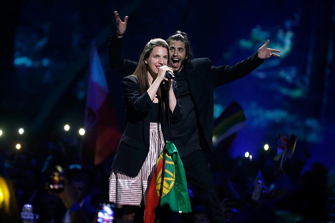 Фото №5 - Евровидение-2017: 5 лучших живых выступлений финала без политики