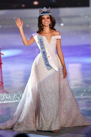 Фото №23 - Самые яркие победительницы «Мисс мира» за всю историю конкурса