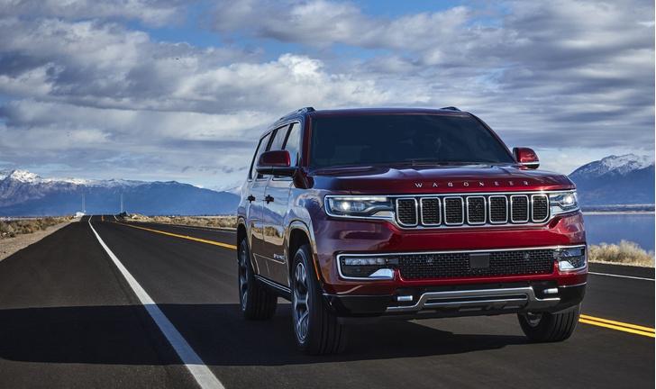 Фото №5 - Возвращение короля— Jeep представил огромный роскошный внедорожник