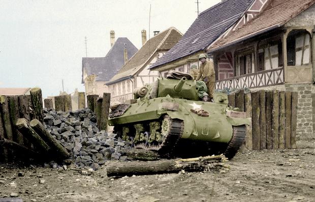 Фото №18 - 22 завораживающих цветных фото Второй мировой