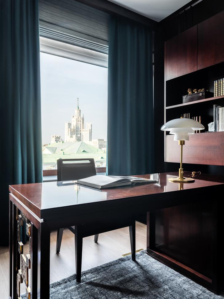 Фото №13 - Двухэтажная квартира с дровяным камином в центре Москвы