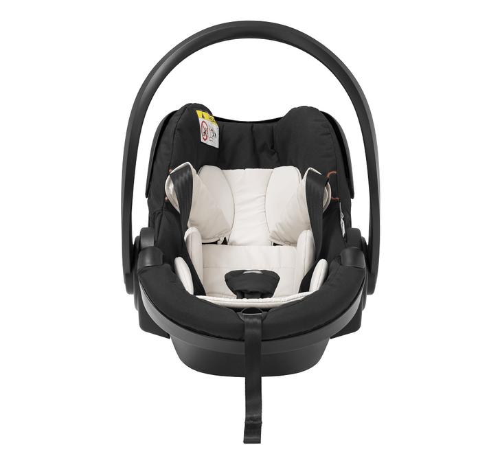 Фото №2 - Stokke® iZi Go Modular™ X1 от BeSafe® : комфорт и безопасность вашего малыша