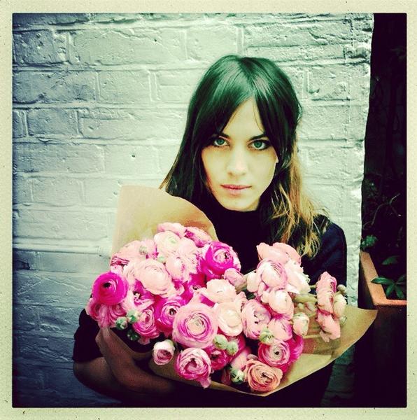 Фото №5 - Звездный Instagram: Знаменитости и цветы