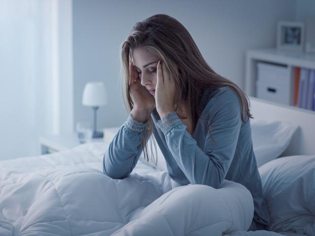 Фото №1 - Беспокойный сон: почему вы просыпаетесь по ночам (и как решить проблему)