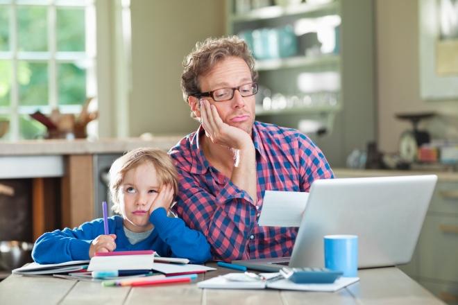Фото №1 - Как делать уроки без слез и скандалов: 7 простых советов