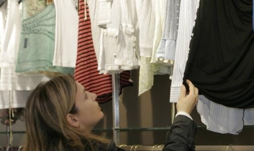 Фото №1 - В новой одежде обнаружили опасные для здоровья химикаты