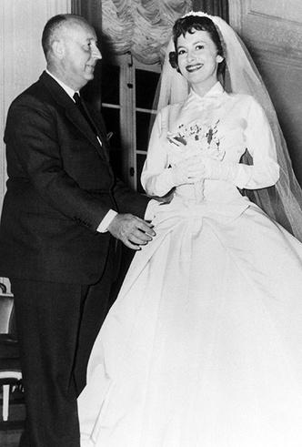 Фото №6 - Свадебное платье Dior на заказ