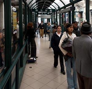 Фото №1 - В Мадриде начнет ездить метробус