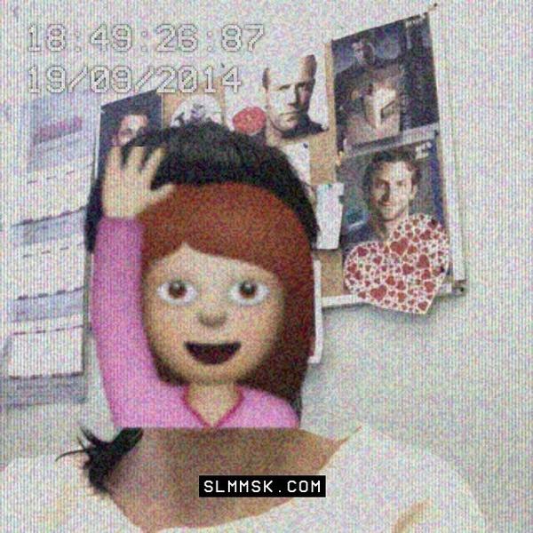 Фото №3 - Как редакция Elle Girl празднует день рождения смайлика