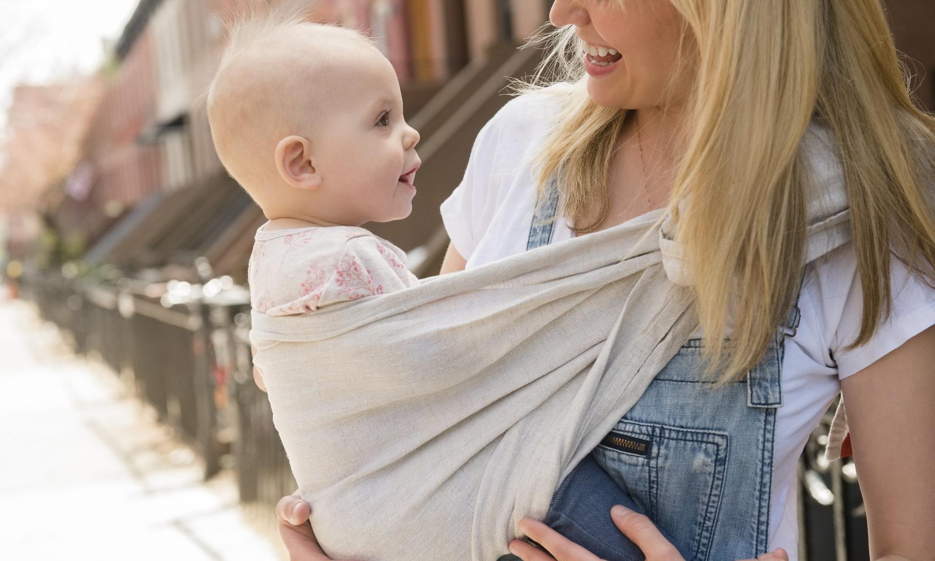 Почему он плачет: как понять, чего от вас хочет младенец