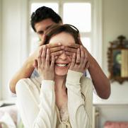 Умеет ли партнер вас удивлять?