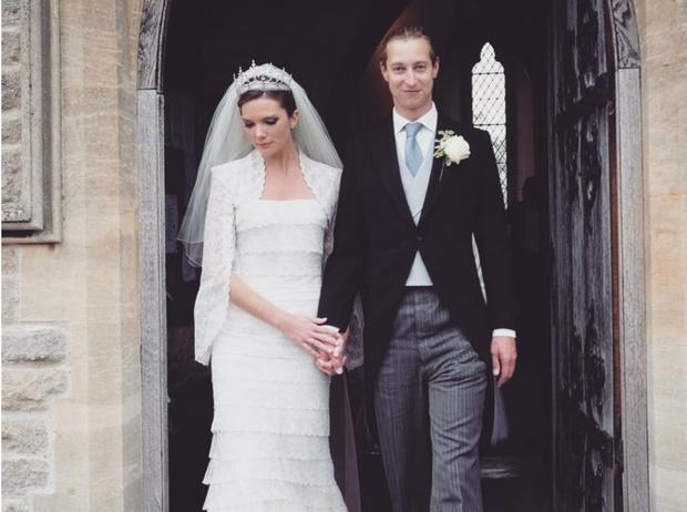 Фото №1 - «Царская» тиара и замок из кино: правнук королевы Виктории женился на аристократке