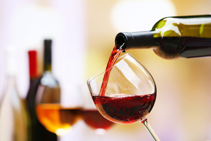 Фото №1 - Китайцы выиграли конкурс дегустаторов вина во Франции