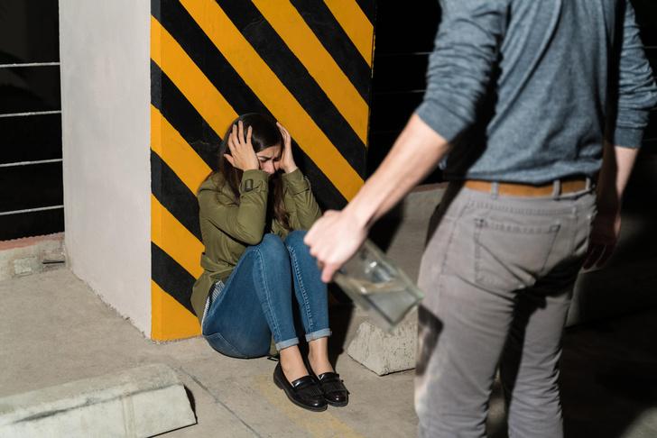 Фото №2 - Абьюз в паре: как распознать и избежать?