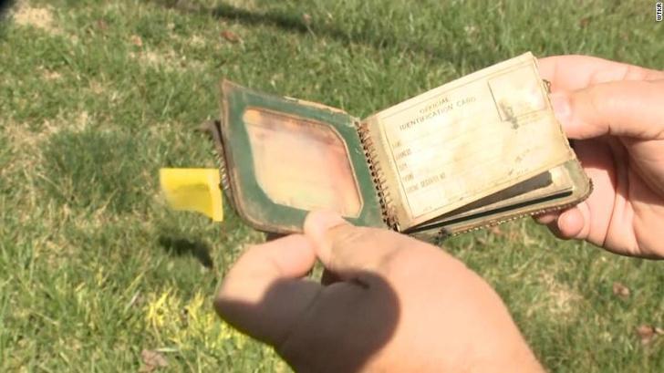 Фото №1 - Потерянный бумажник вернули спустя 70 лет