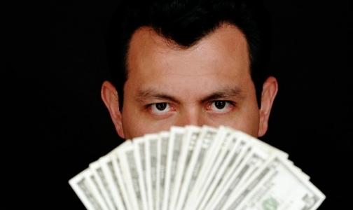 Фото №1 - Средняя зарплата медиков в Петербурге — 29 тысяч рублей
