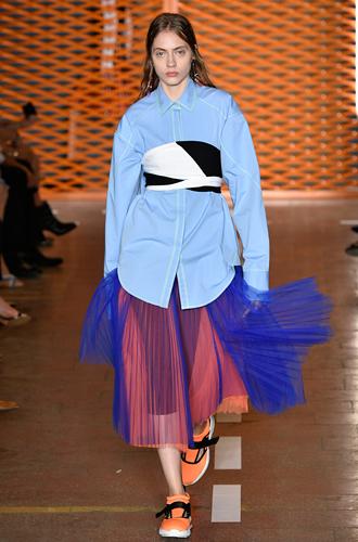 Фото №38 - 10 весенних трендов с Недели моды в Милане