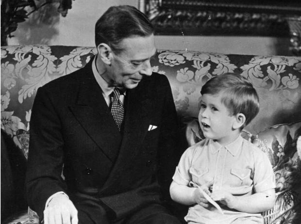Фото №1 - Виват, король: единственное воспоминание Чарльза о его дедушке Георге VI