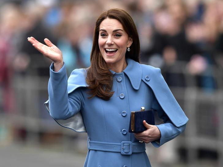 Фото №2 - Секрет безупречных бровей герцогини Кейт