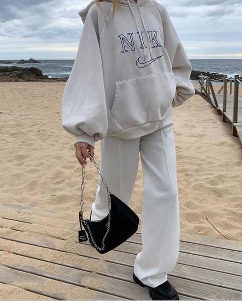 Фото №3 - Как носить трендовые вещи, если лень заморачиваться