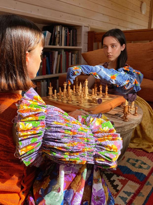 Фото №8 - Идеальные выходные на даче с сестрами Настей и Ариной Шевцовыми