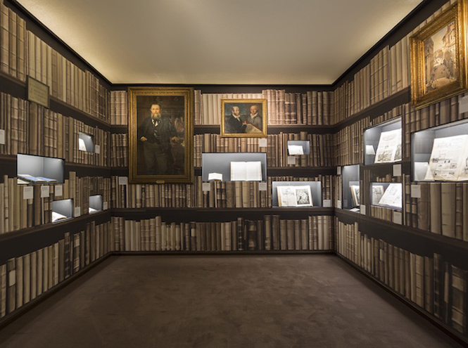 Фото №8 - A Palace and the City: выставка в музее Salvatore Ferragamo