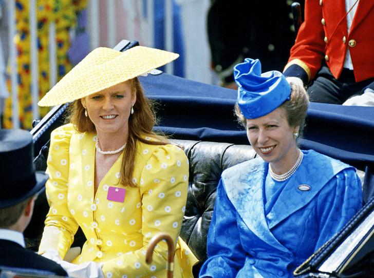 Фото №2 - Королевская вражда: как принцесса Анна довела Сару Фергюсон до слез