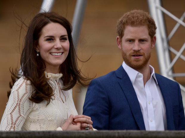 Фото №1 - Не просто совет: о чем Кейт предупреждала принца Гарри до свадьбы с Меган