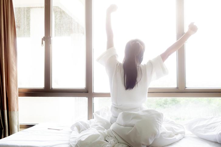 Фото №1 - Ученые посоветовали не спать по выходным до полудня