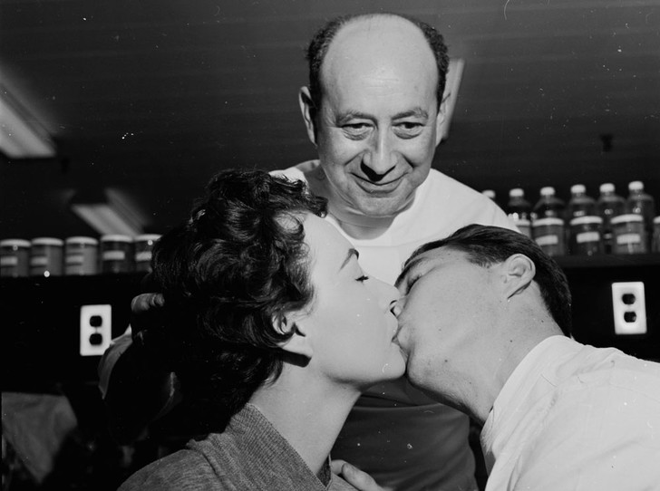 Фото №7 - Как Элена Рубинштейн построила карьеру на мамином креме
