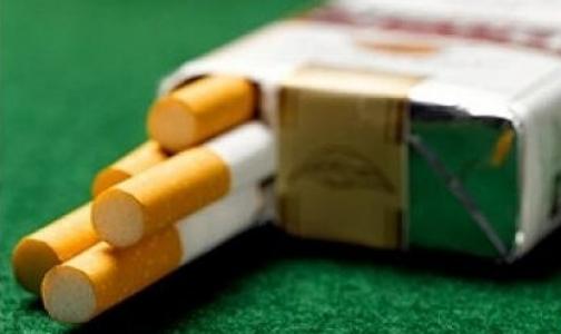 Фото №1 - У метро «Политехническая» можно обменять пачку сигарет на банан