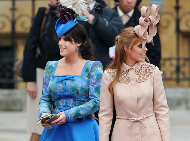 Фото №2 - Противостояние: почему принцессы Беатрис и Евгения не любят Пиппу Миддлтон