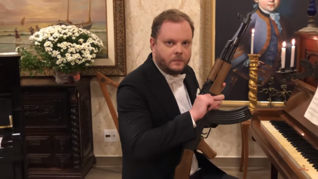 Фото №1 - Как звучит «Катюша» в исполнении АК-47 (видео)